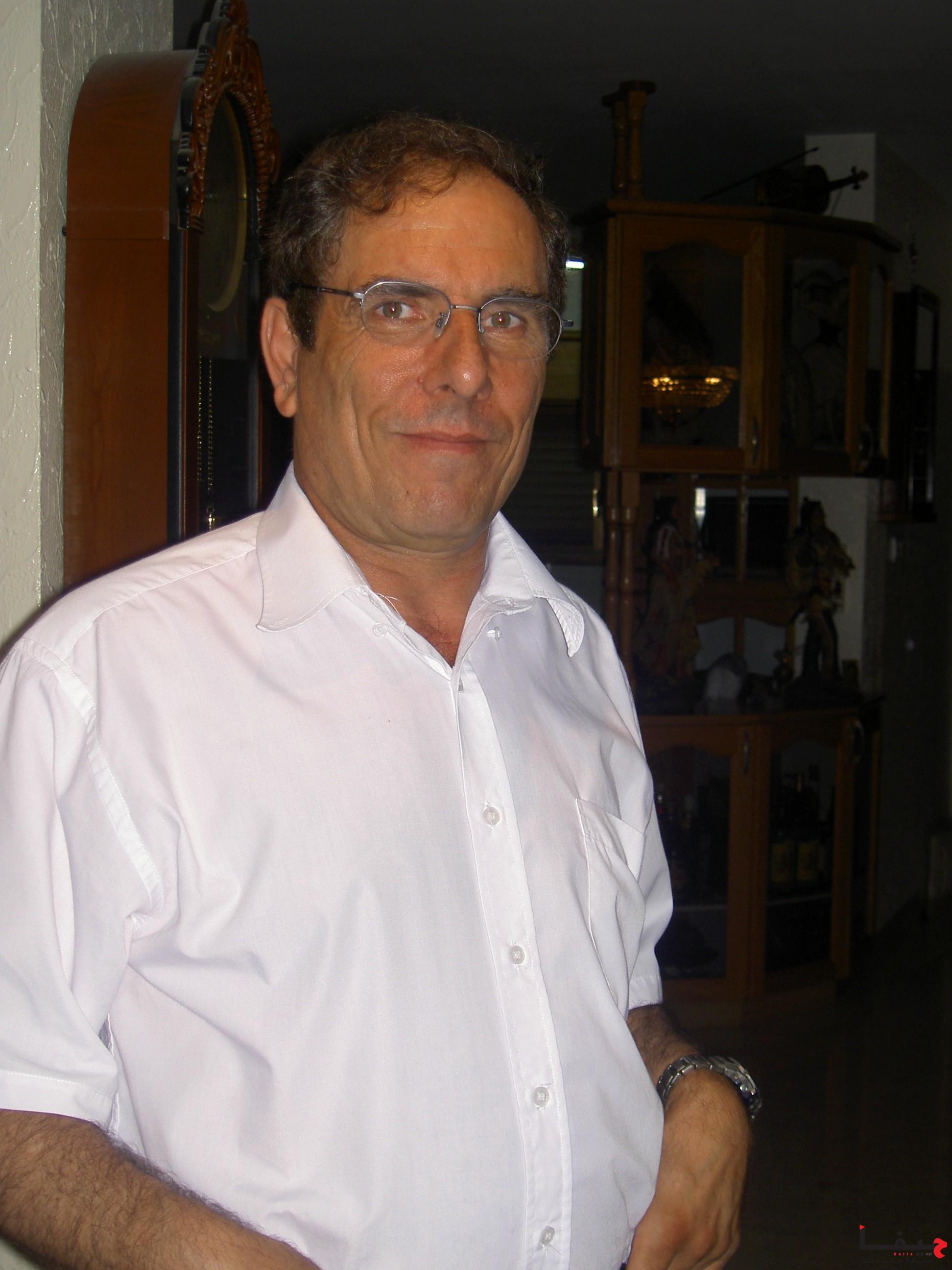 الدكتور نديم ناصر