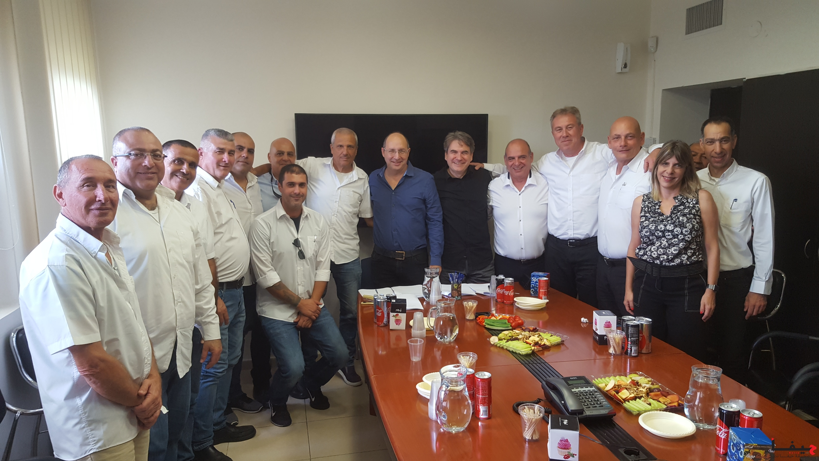 חתימת הסכם בדן (צילום באדיבות דוברות ההסתדרות)