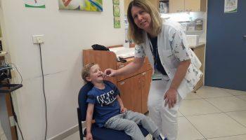 פלומיסט - חיסון שפעת בתרסיס לאף מחסנת ילד במרכז בריאות הילד במחוז חיפה וגמ