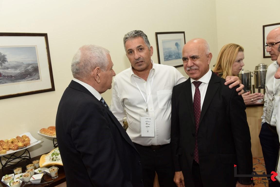 إدارة لئومي وكبار الموظفين في لئومي يلتقون مع أصحاب مصالح تجارية من المجتمع العربي (8)
